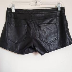 Zara Shorts - Zara trafaluc black shorts xs